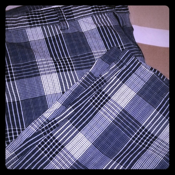Perry Ellis Other - Perry Ellis shorts size 40 W